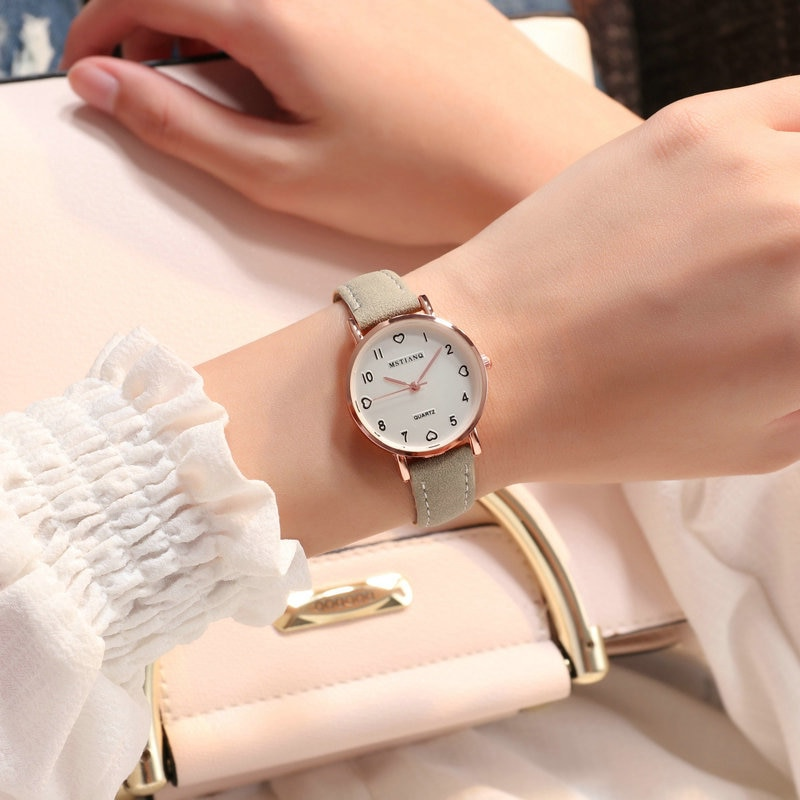 Ha5e5707746394cffa26d51aeb40f058bh - Women Watches Simple Vintage Small Dial Watch Sweet Leather Strap Outdoor Sports Wrist Clock Gift