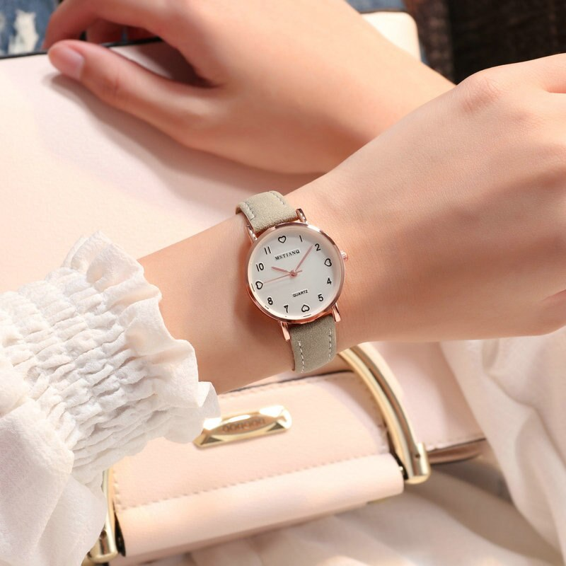 Hf1e9add77d26495a96951f898acd8b33C - Simple Vintage Women Small Dial Watch Sweet Leather Strap Wrist Watches Gift